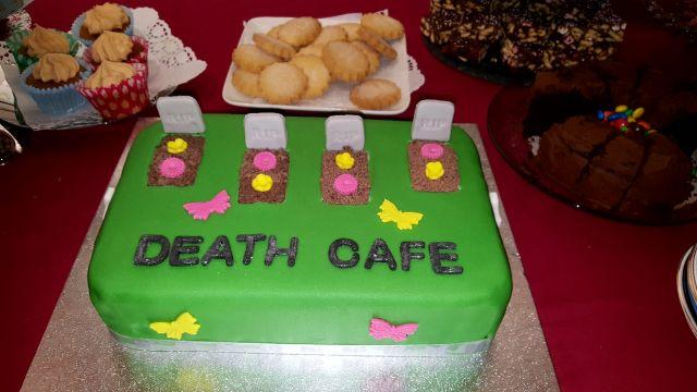 Death cafe - grave cake