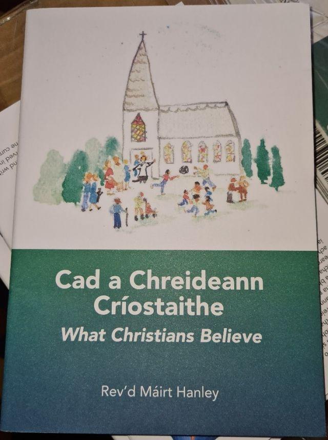 Cad a Chreideann Criostaithe